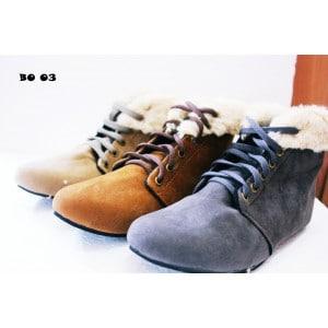 3 Jenis Sepatu Wanita dengan Penjualan Terlaris