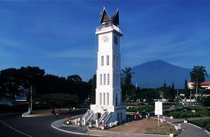 Beberapa Tujuan Wisata Sumatera Barat yang Menarik