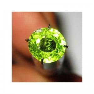 Batu Mulia Peridot 2.10 carat Round Cut
