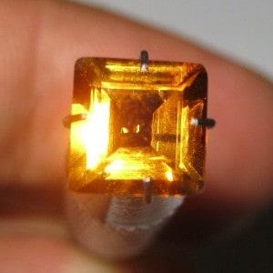Batu Permata Citrine Rectangular 1.30 carat Rectangular